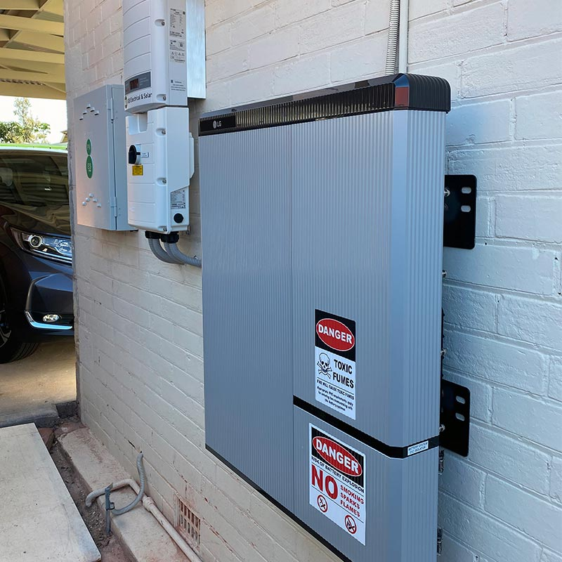 Glenelg solar battery and inverter